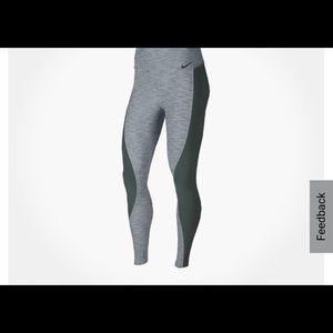Nike Power Legging